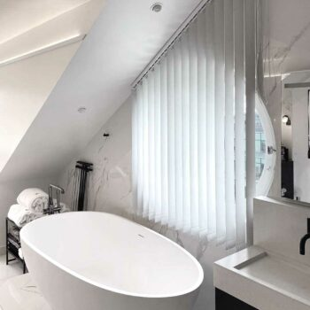 Lamellgardin i badrum i Stockholm